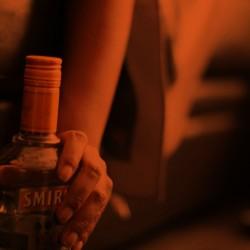 botella rojo