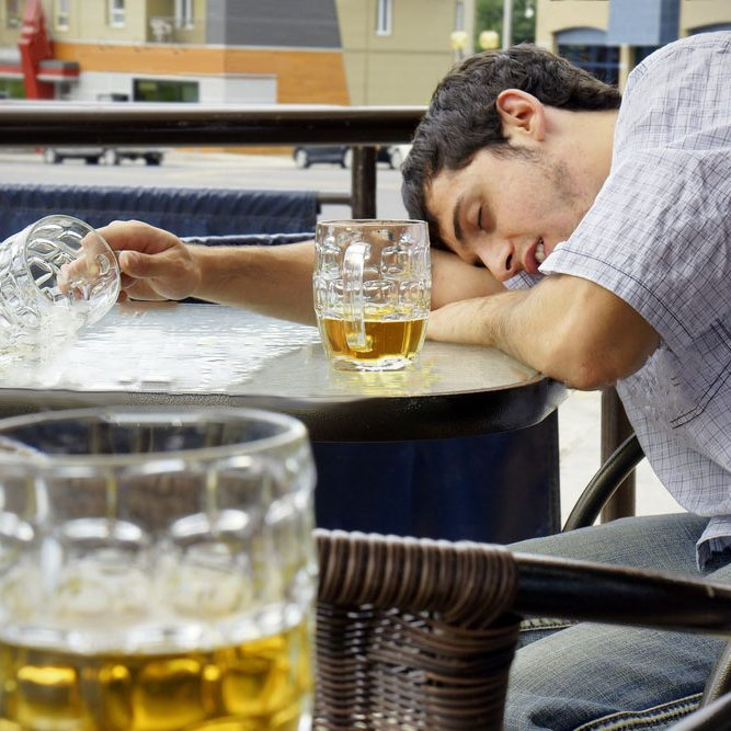 Binge drinking roundal